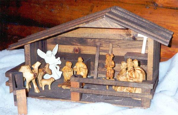 Horn Mountain Living - Carved Nativity